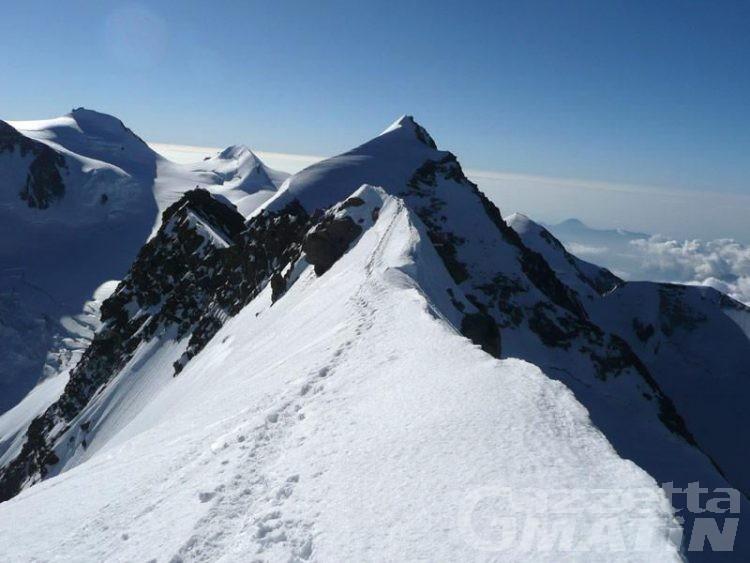 Non rientra al rifugio, deceduto l'alpinista sul massiccio del Monte Rosa