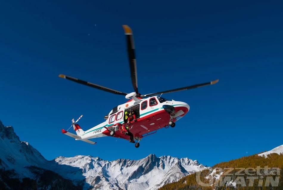 Torgnon: ultraleggero precipita vicino agli impianti di sci