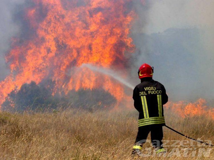 Forte siccità, scatta l'allarme incendi in Valle