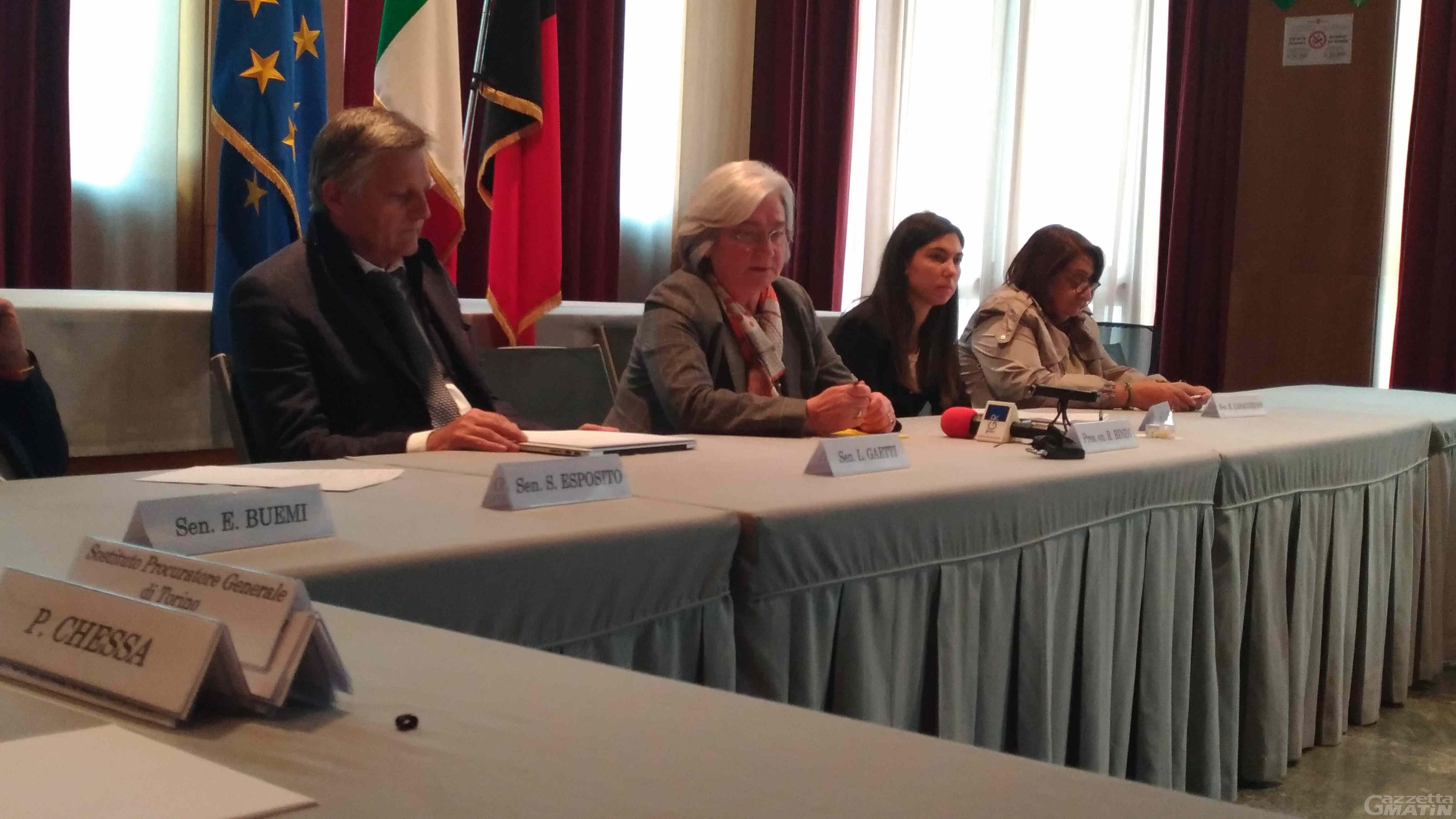 'Ndrangheta: Bindi, in Valle d'Aosta condiziona economia e scelte