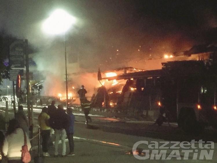 Incendio falegnameria Bollon: chiesta l'archiviazione