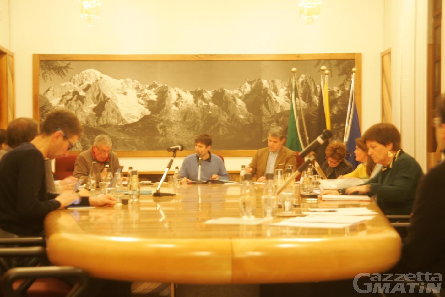 Courmayeur, alta tensione in Consiglio comunale