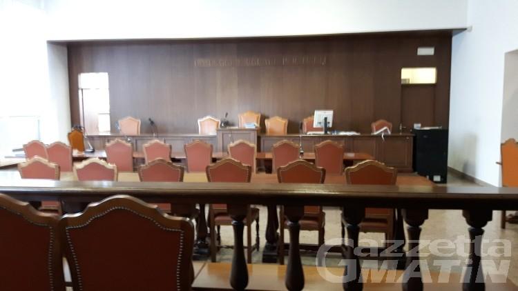 Bastonò un'anziana a Valtournenche: condannato Vigile del fuoco