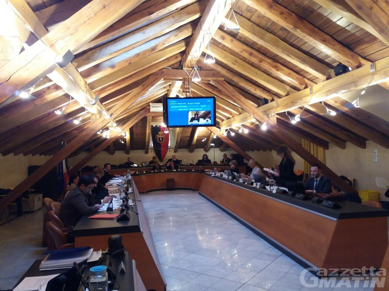 Consiglio Aosta: no al divieto di burqa e niqab