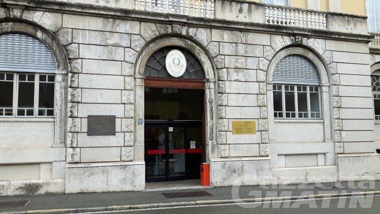Ubriaco aggredisce carabiniere, patteggia otto mesi di reclusione