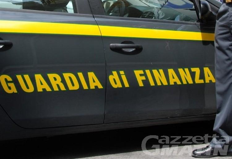 All'università con l'auto della Finanza: assolti in Appello capitano e 3 militari