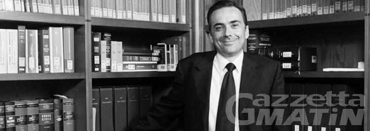 Ironizza su errori aspiranti magistrati su FB, bufera sul docente dell'Uni VdA Roberto Calvo
