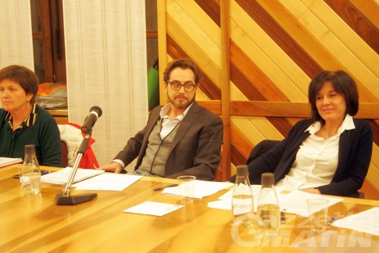 Courmayeur, minoranza all'attacco: «Le istituzioni non sono Facebook!»