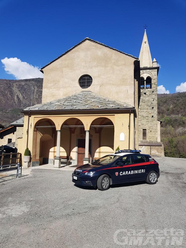 Montjovet, parroco raggirato: arrestato truffatore