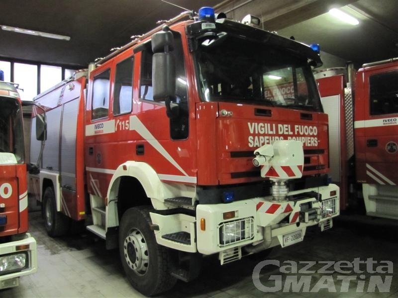 Arnad: incendio a Maison Bertolin, nessuna persona coinvolta