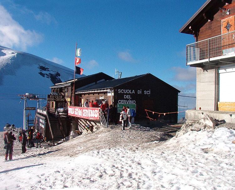 Governo Conte, niente ristori per i rifugi alpini: la Lega: «Solo parole e nessun aiuto per la montagna»