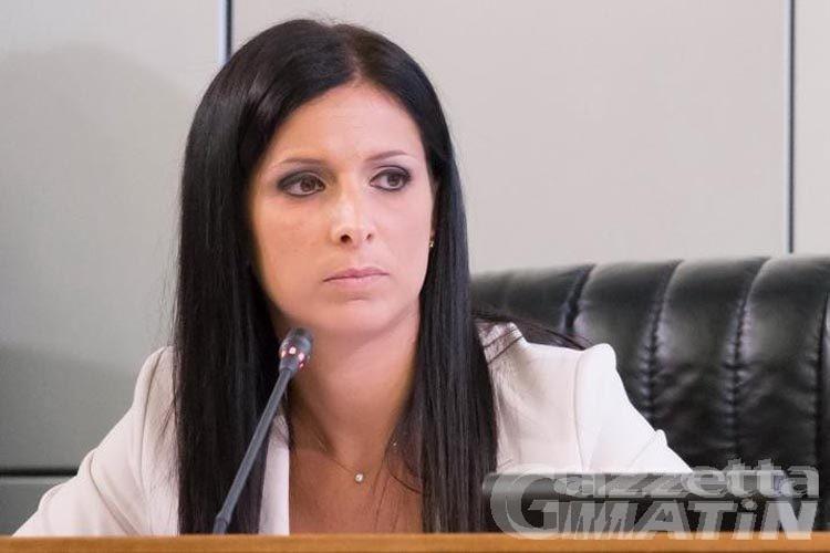 Uv, Emily Rini sbatte la porta e lascia la Commissione politica