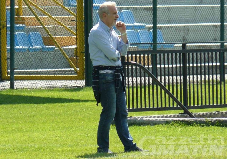 Calcio: Stefano Massari torna sulla panchina del P.D.H.A.