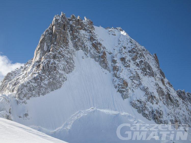 Tragedia in montagna: due morti sul Monte Bianco