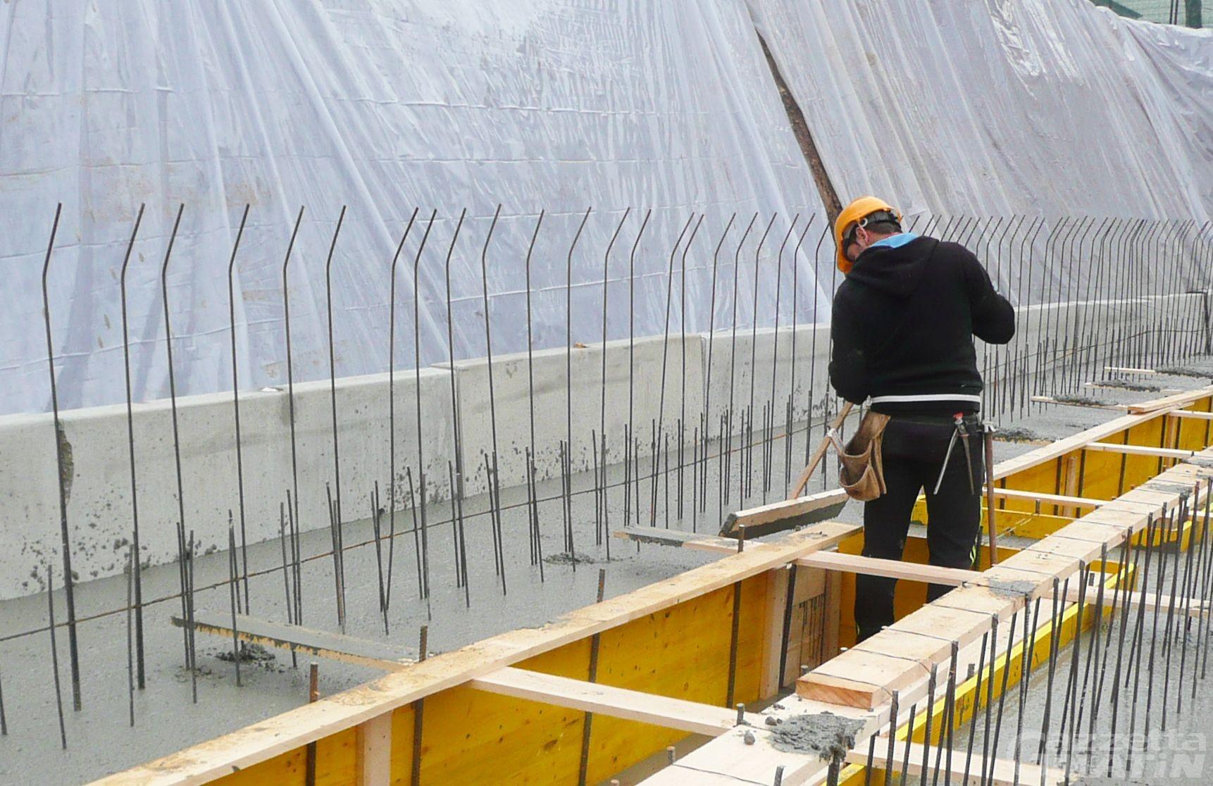 Fase 3 Valle d'Aosta, imprese in crisi: in autunno una su due non investirà, rischio licenziamenti