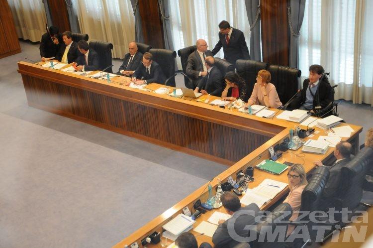 Consiglio Valle, la maggioranza si blinda e respinge tre risoluzioni