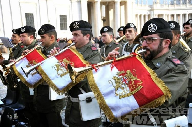 Verrès: la banda della Brigata Sassari per la prima volta in concerto in Valle d'Aosta