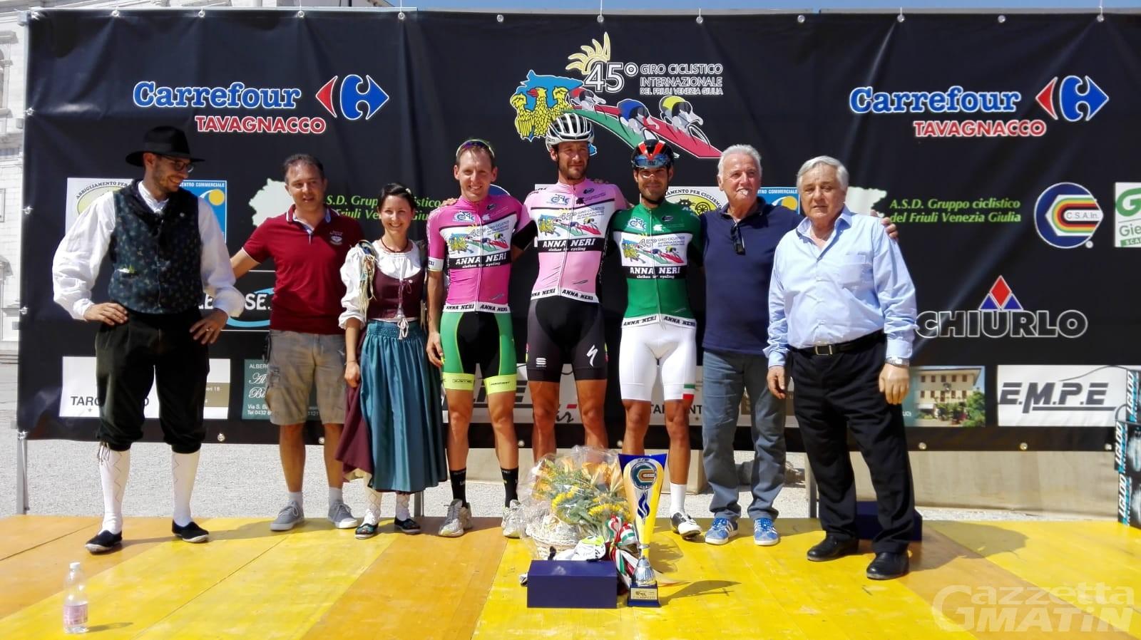 Ciclismo: Wladimir Cuaz si impone a Palmanova