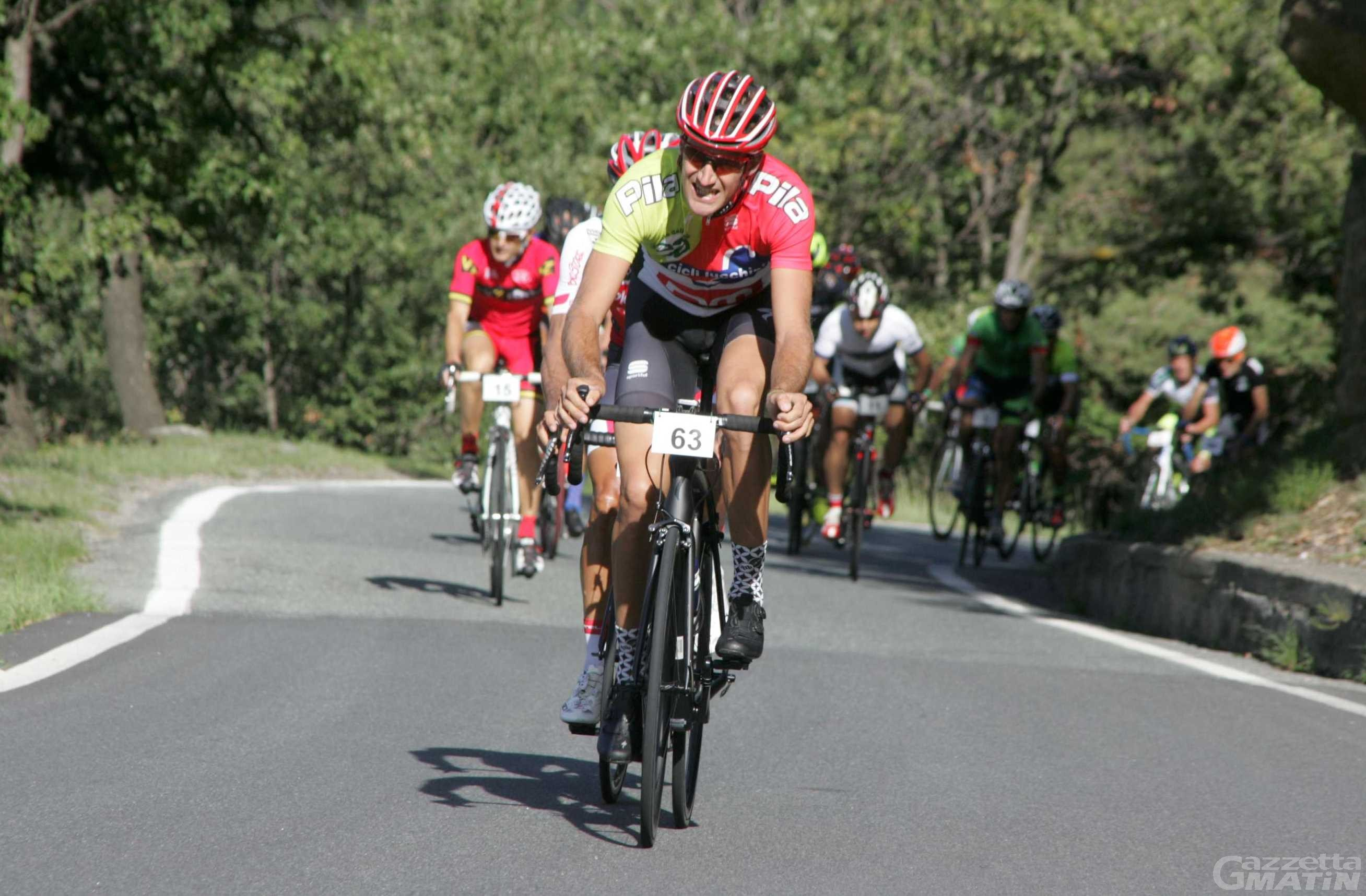 Ciclismo: Wladimir Cuaz cede la maglia rosa a Montenars