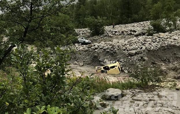 Frana Val Ferret, 2 morti. Evacuazione vallata