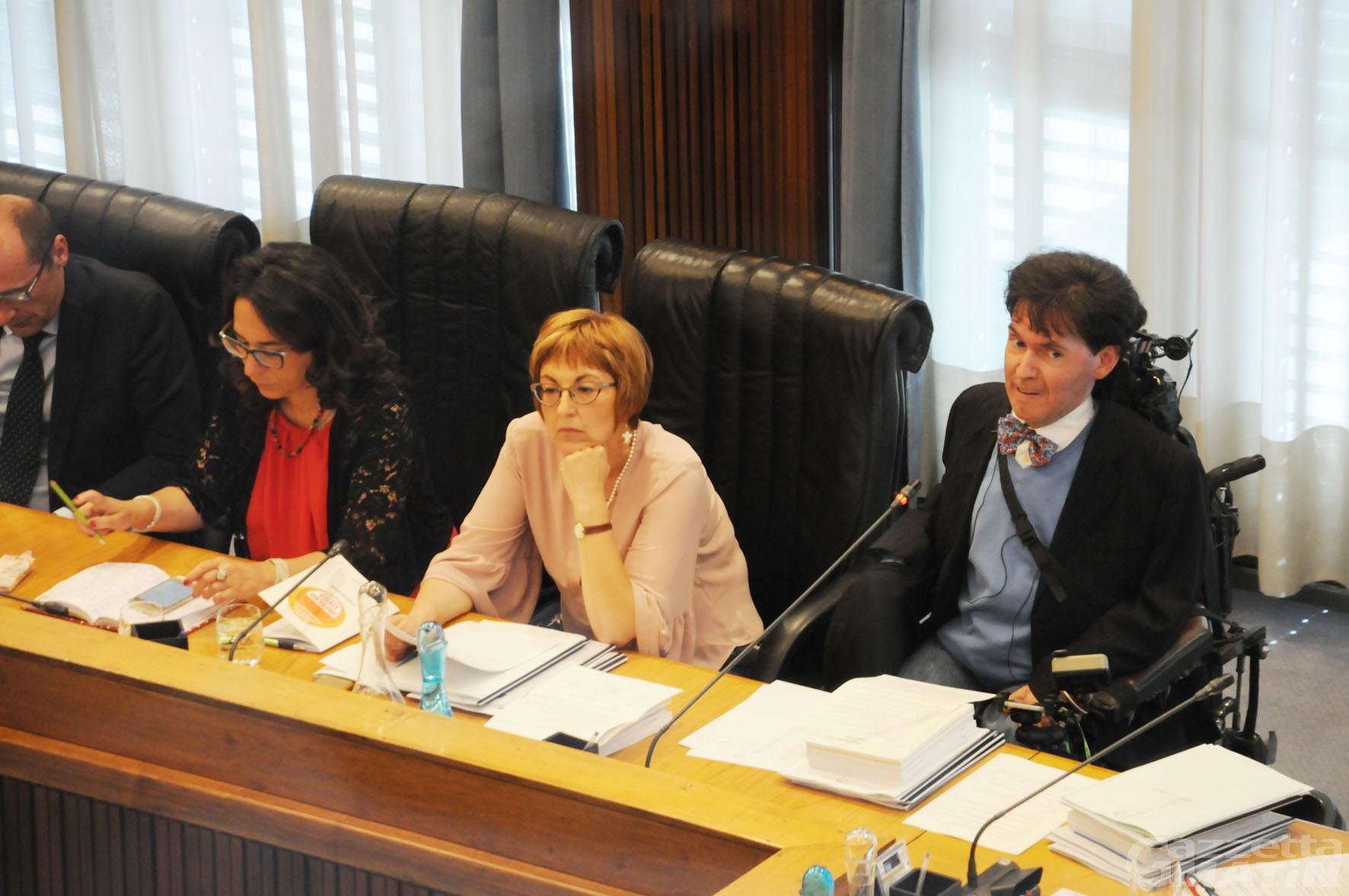 """Impegno civico: """"Consiglio regionale paralizzato da polemiche e crisi politiche"""""""