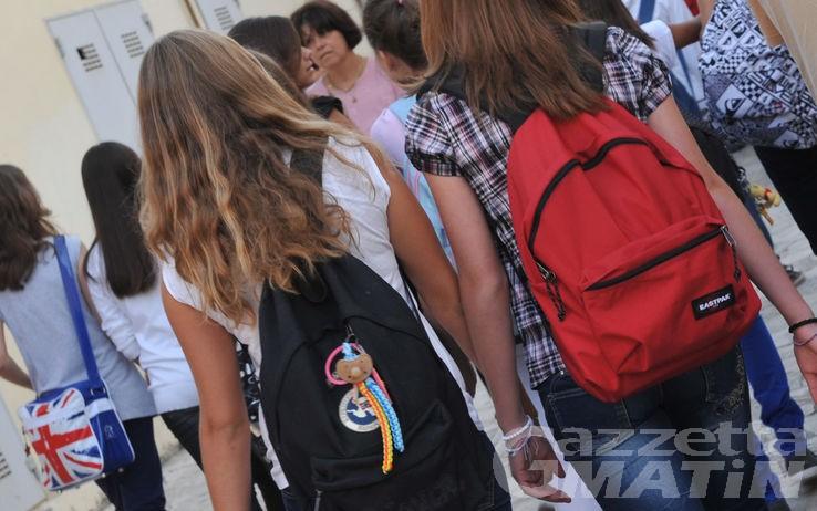 Scuola: in scadenza il bando per borse di studio