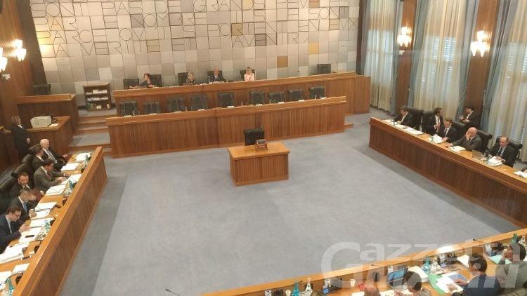 Consiglio Valle: approvate all'unanimità tre mozioni e una risoluzione