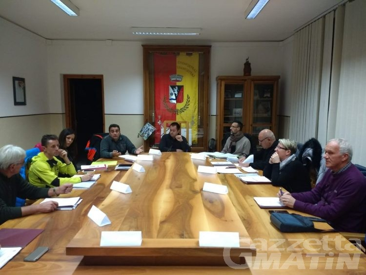 Champdepraz, Consiglio in seduta segreta per discutere delle dimissioni di tre assessori