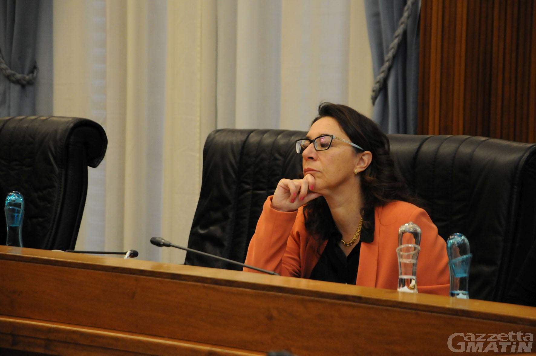 Fratelli d'Italia: Daria Pulz critica l'accoglienza a Palazzo regionale di Carlo Fidanza