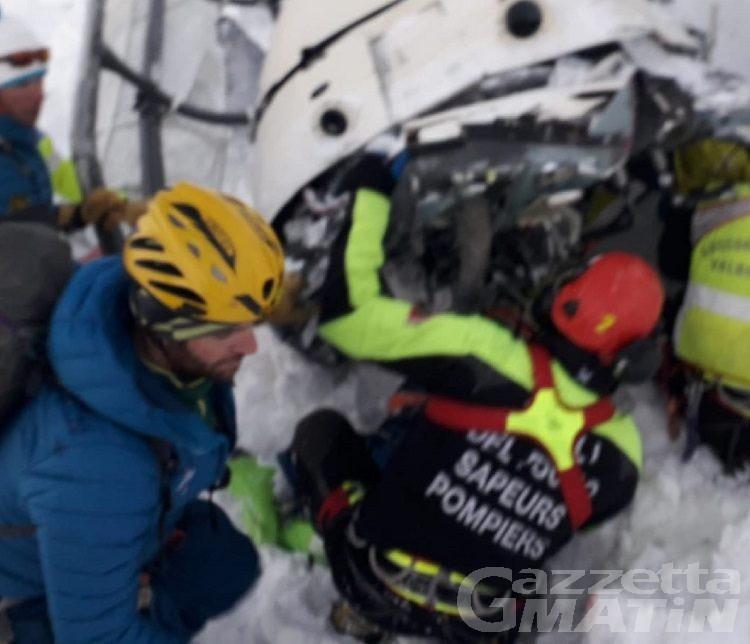 Tragedia aerea sul Rutor, 5 morti e 2 dispersi: aperta inchiesta