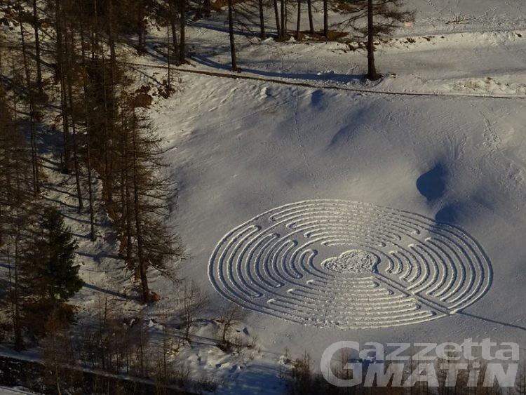 San Valentino, torna il labirinto dell'amore a Chamois