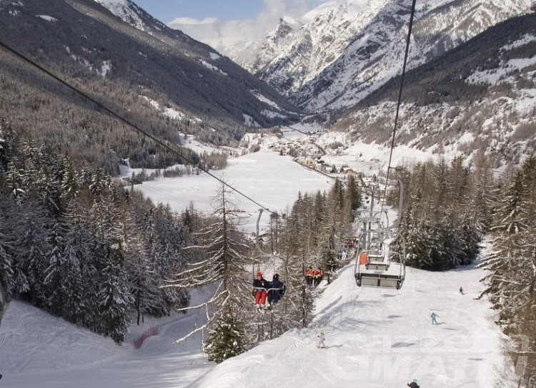 Tragedia a Cogne, tredicenne francese muore sugli sci