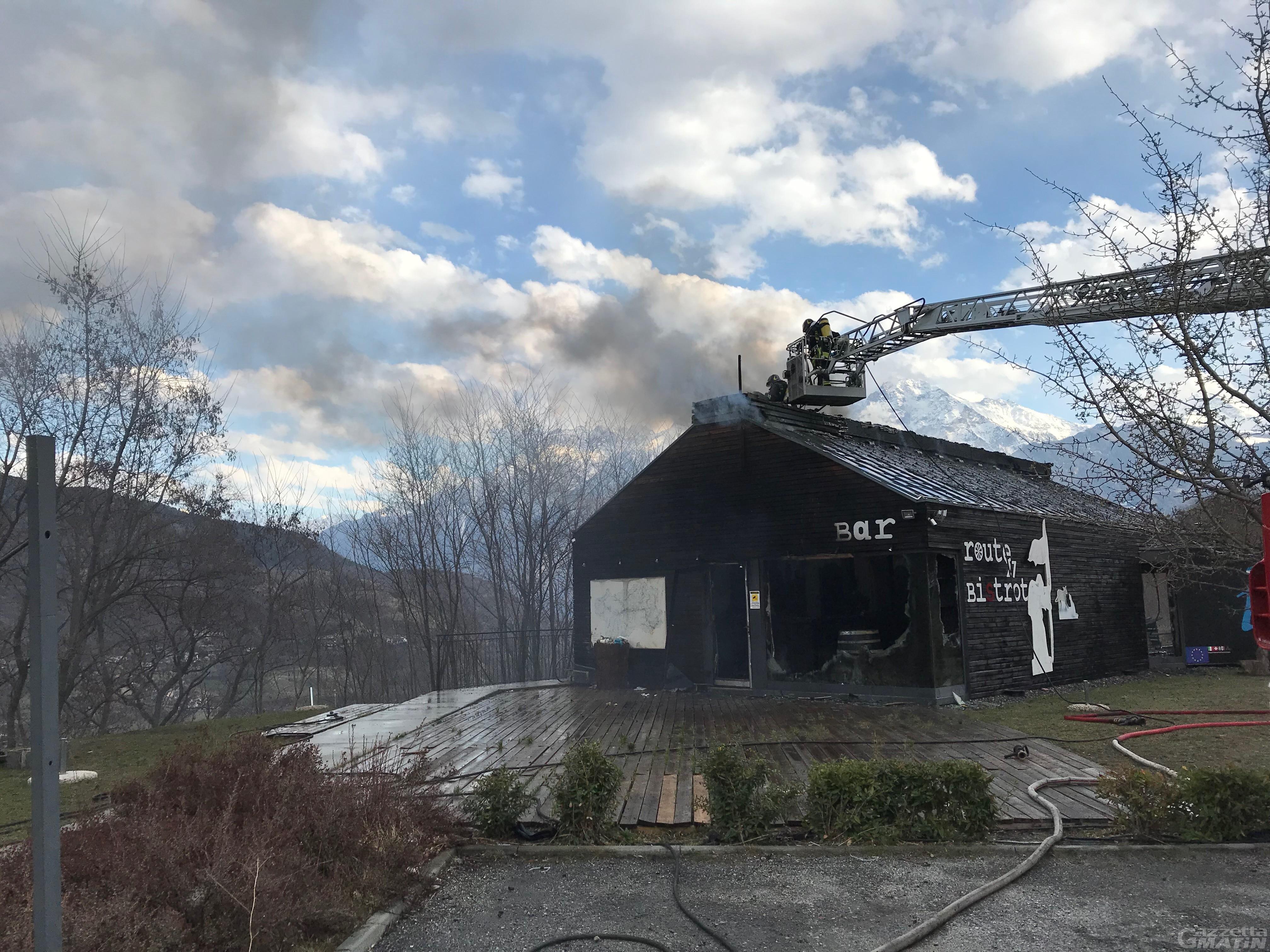 Gignod: incendio Route 27 Bistrot, archiviato il fascicolo