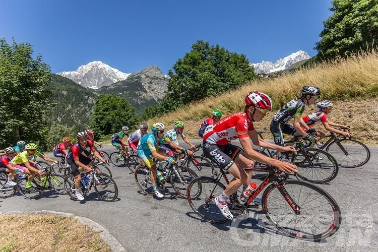 Giro d'Italia, il 25 maggio tappa tutta valdostana con 4000 metri di dislivello