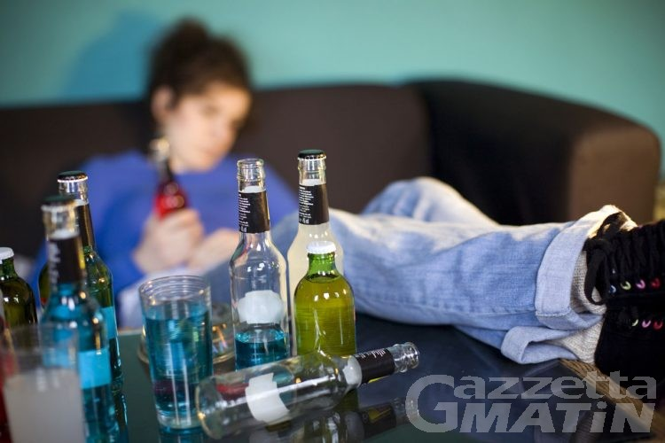 Dipendenze: sì dell'aula alla lotta contro alcol, droghe e gioco d'azzardo