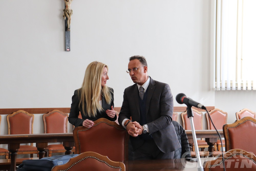 Inchiesta  Bccv: la corte d'appello conferma le condanne per Perron, Cossard e Linty