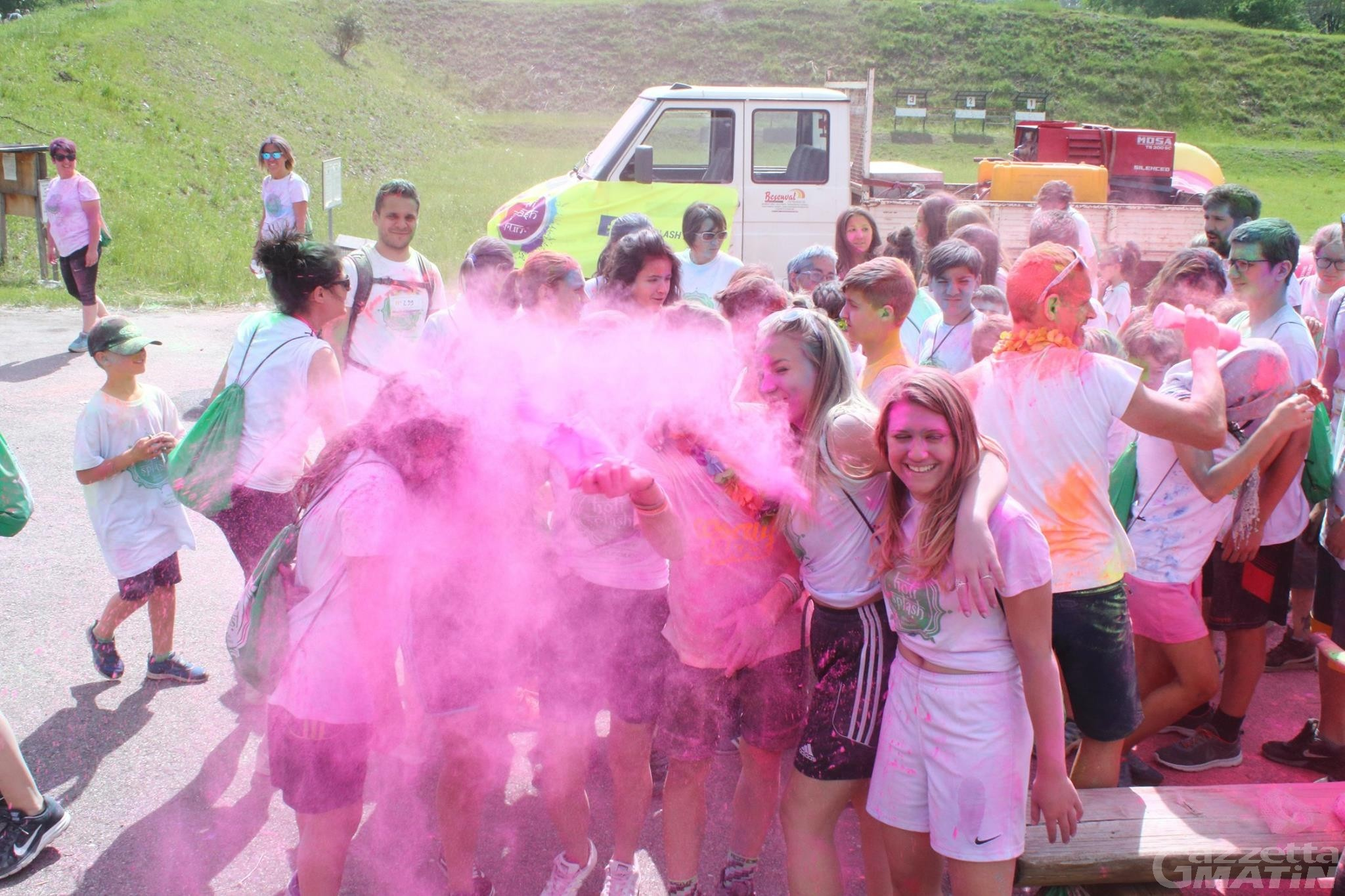 Sarre, tutto pronto per l'Holi Splash Run