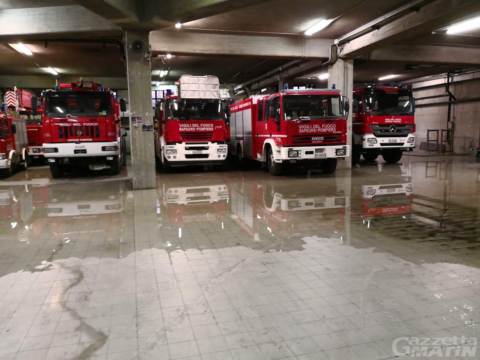 Vigili del fuoco, quando piove la caserma di Aosta si allaga (video)