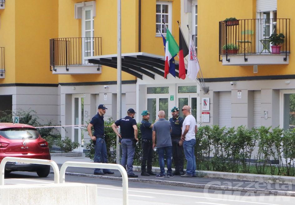 Pacco sospetto in via Battisti ad Aosta: era un falso allarme