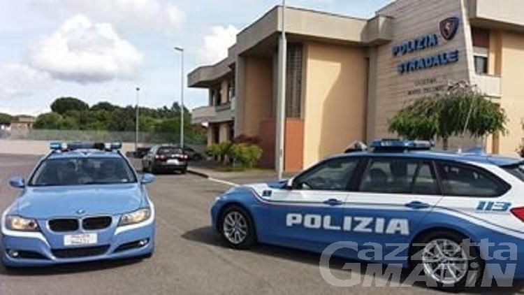 Fucile clandestino e ricettazione auto rubata, arrestato aostano residente in Bulgaria