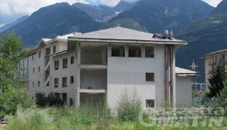 Aosta, dopo oltre 20 anni per il centro polifunzionale di via Brocherel uno spiraglio di luce
