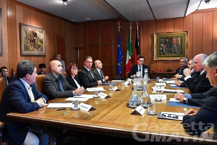 Ministro Boccia: Valle d'Aosta laboratorio sui cambiamenti climatici
