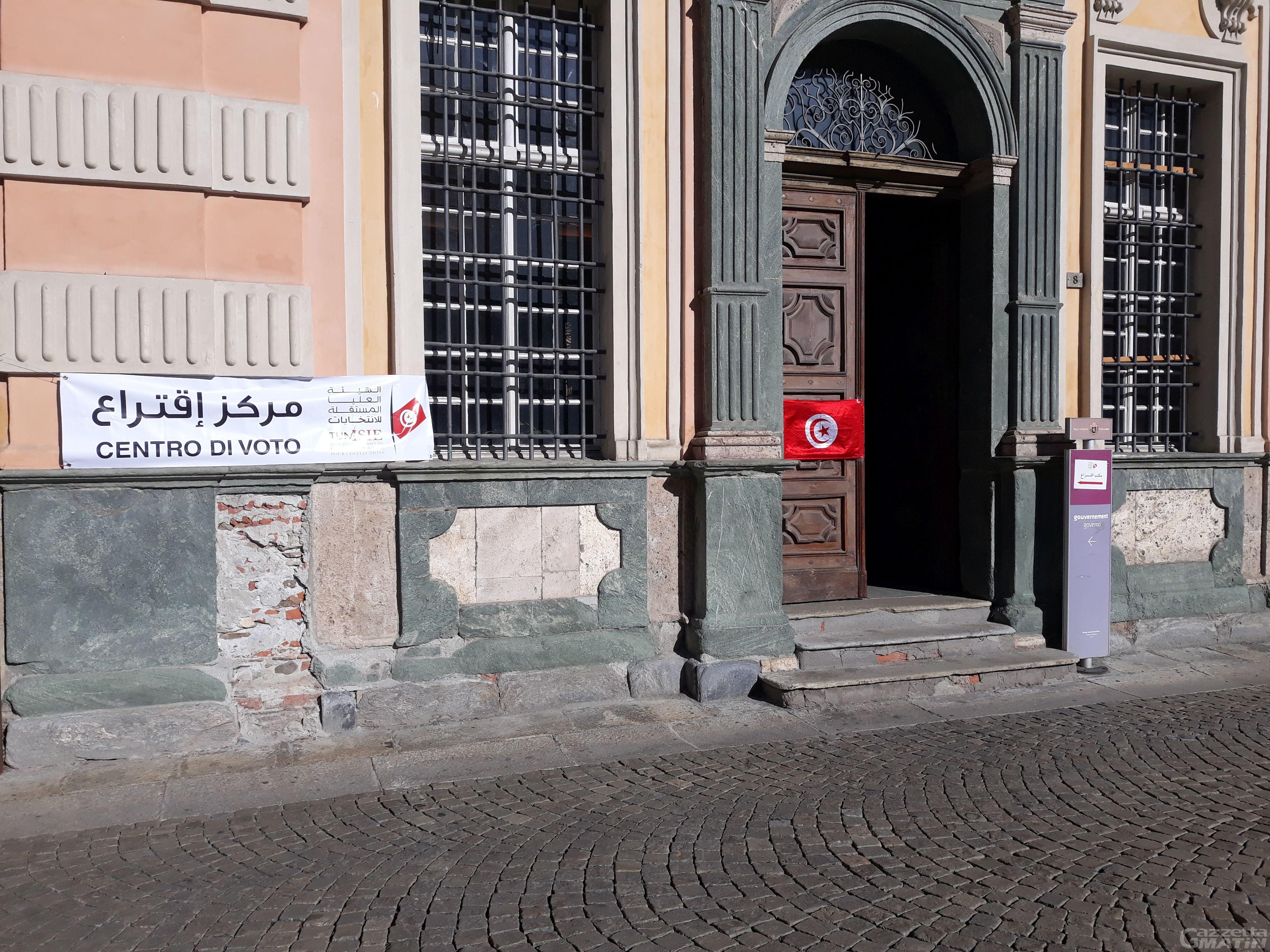 Aosta: i tunisini eleggono il parlamento