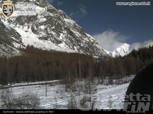 Courmayeur, a mezzogiorno riapre la strada della Val Ferret