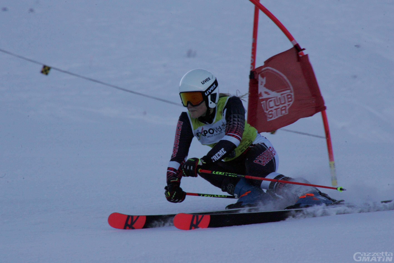 Sci alpino: Sophie Mathiou trionfa a Pila