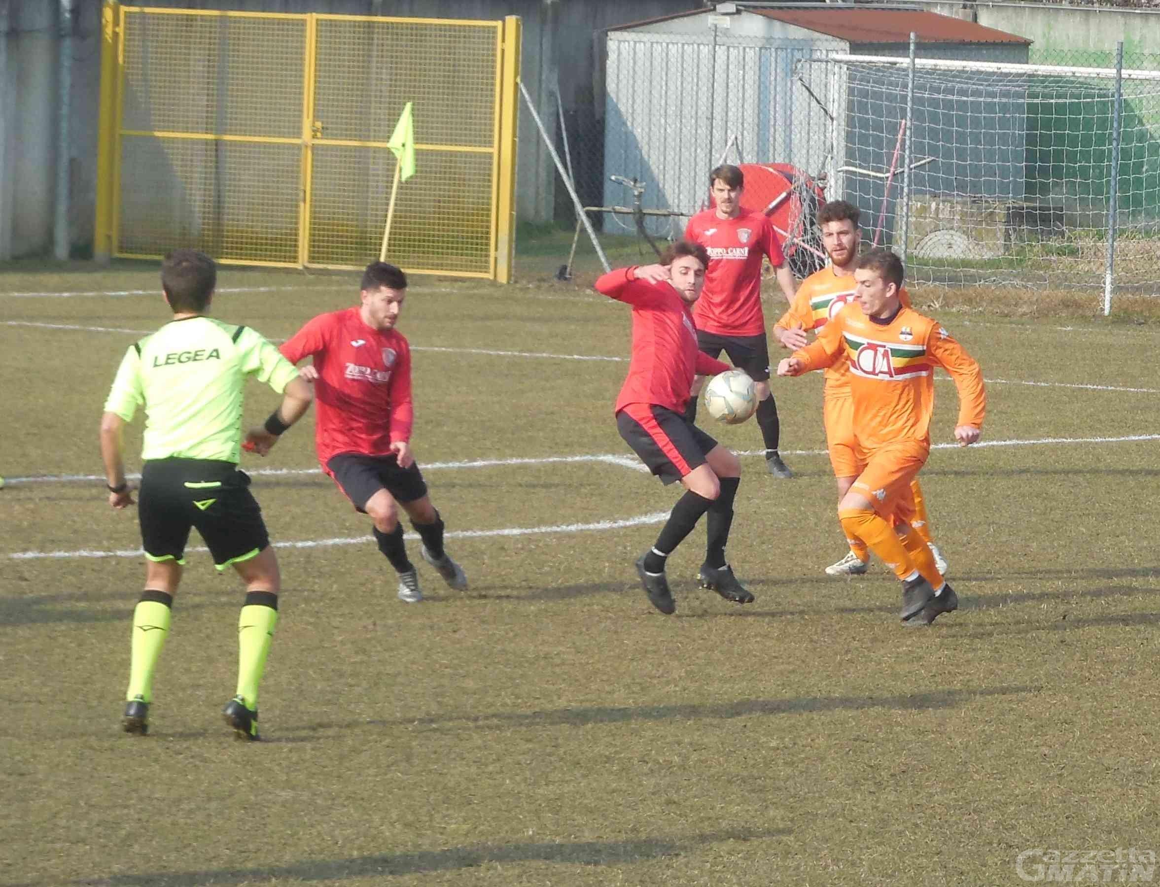 Calcio: l'Aygreville pareggia, il P.D.H.A.E. vince ed è a -1