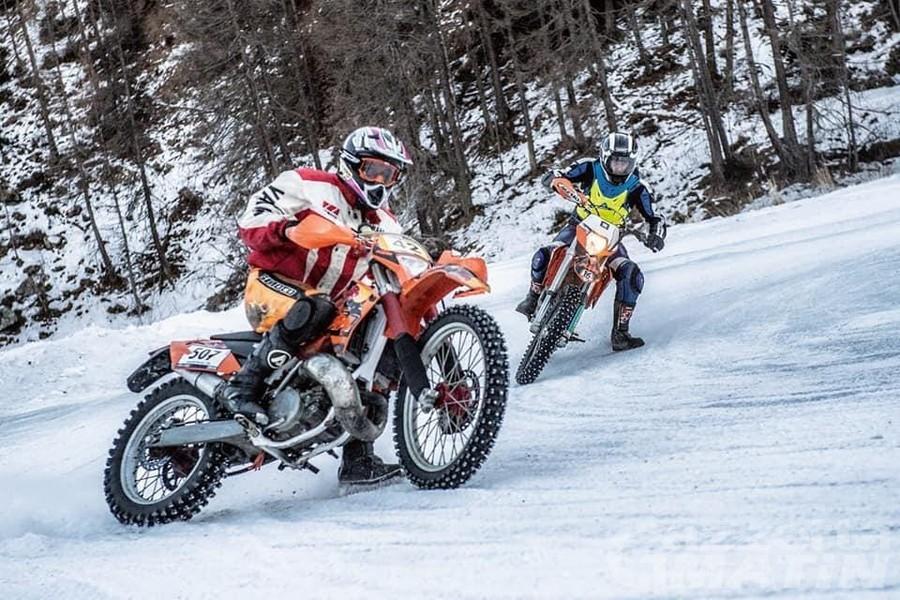 Moto: l'Ice Trophy 2020 parte da Crevacol