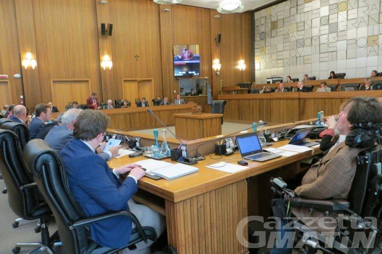 Consiglio VdA: sì unanime all'istituzione di un Collegio dei revisori dei Conti della Regione