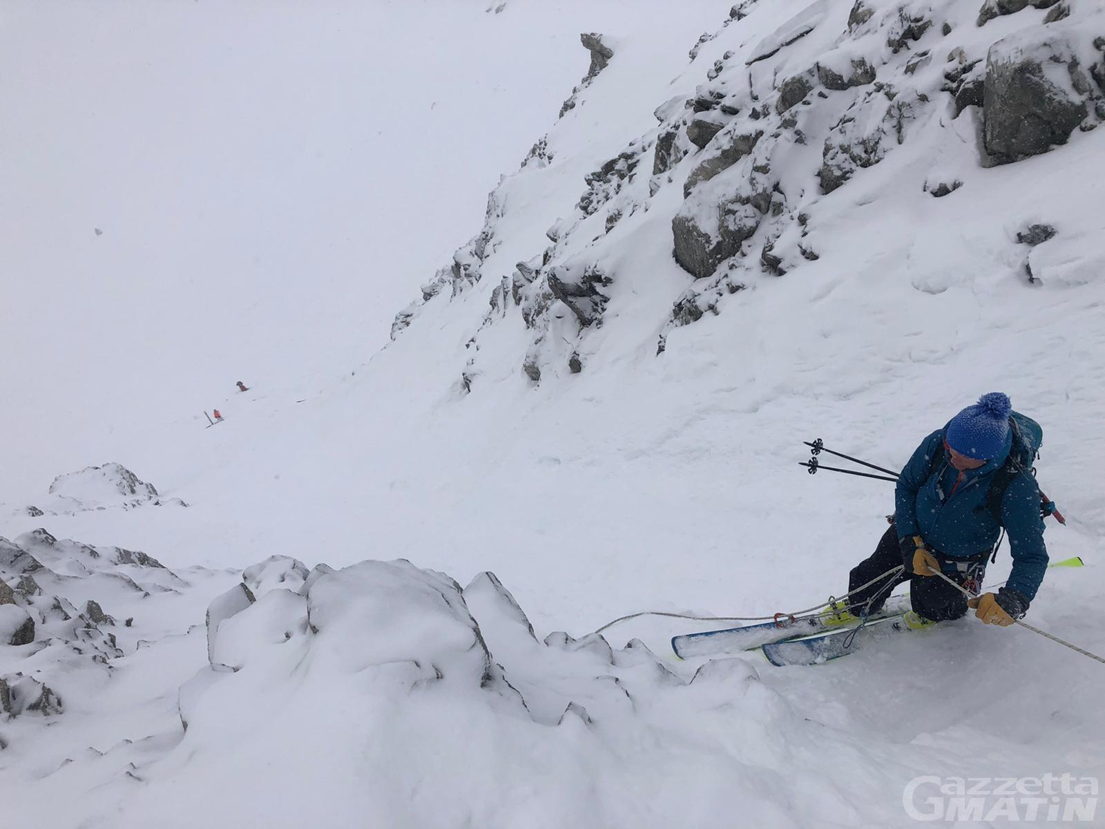 Alpinismo: tre francesi bloccati sul Monte Bianco salvati da Sav e Finanza