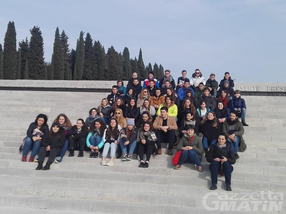 Giorno del ricordo, gli studenti: «Un viaggio per conoscere e non dimenticare»
